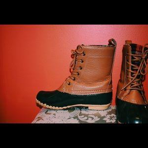 • Sporto duck boots